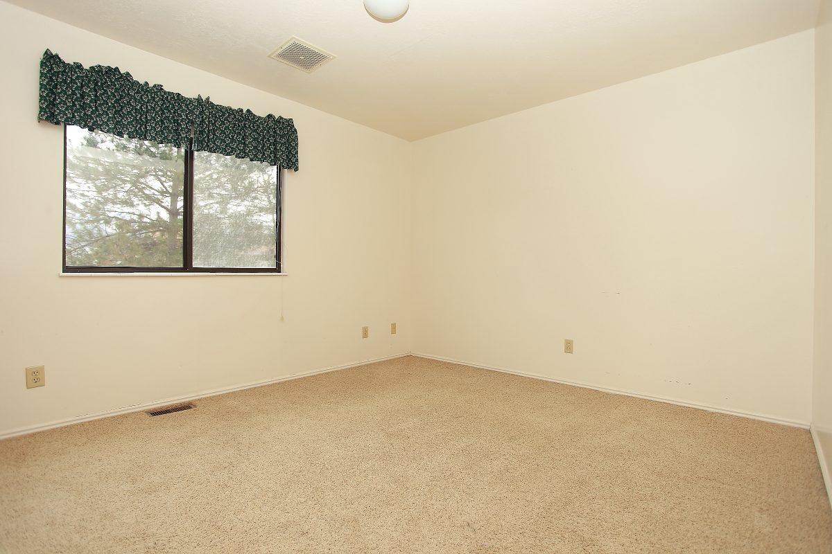 1148-11 Bedroom1