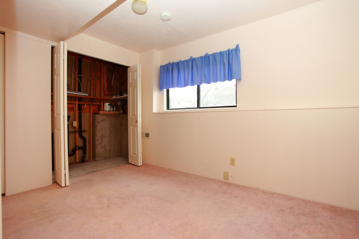 1148-13 Bedroom2